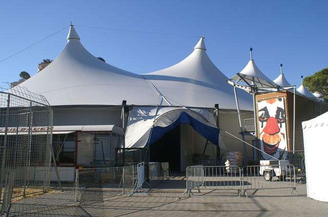 Le chapiteau du festival du cirque de monte carlo