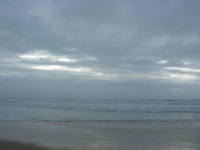 Le ciel et la mer en colère