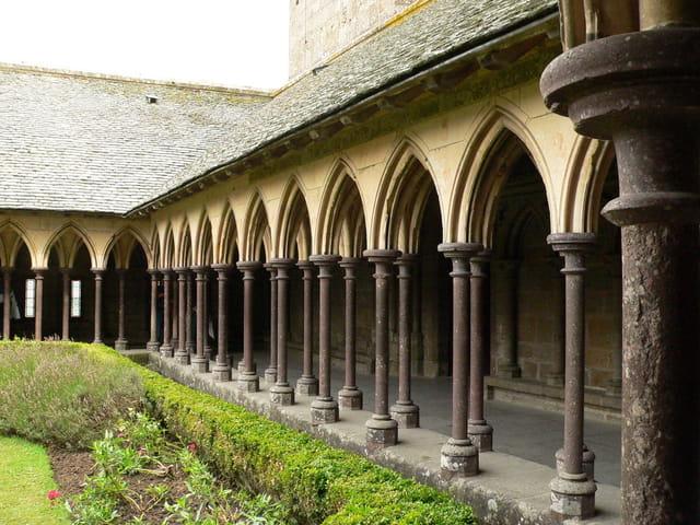 Le cloître de l'Abbaye du Mont Saint Michel