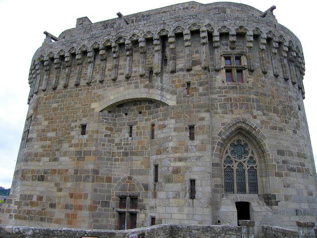 Le Donjon du Château de Dinan (2)
