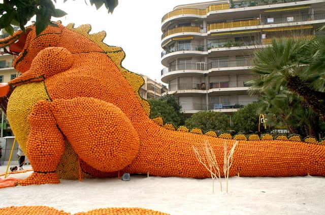Le dragon de la fête des citrons