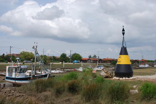 le joli petit port de Port La Goulée