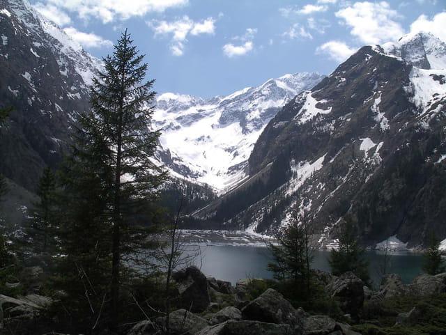 Le lac lauvitel au Parc des Ecrins