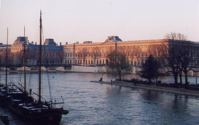 Le Louvre vu du Pont Neuf