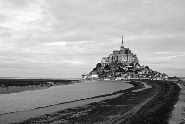 Le Mont Saint-Michel ...
