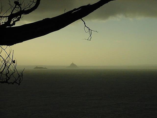 Le Mont St Michel sous l'orage