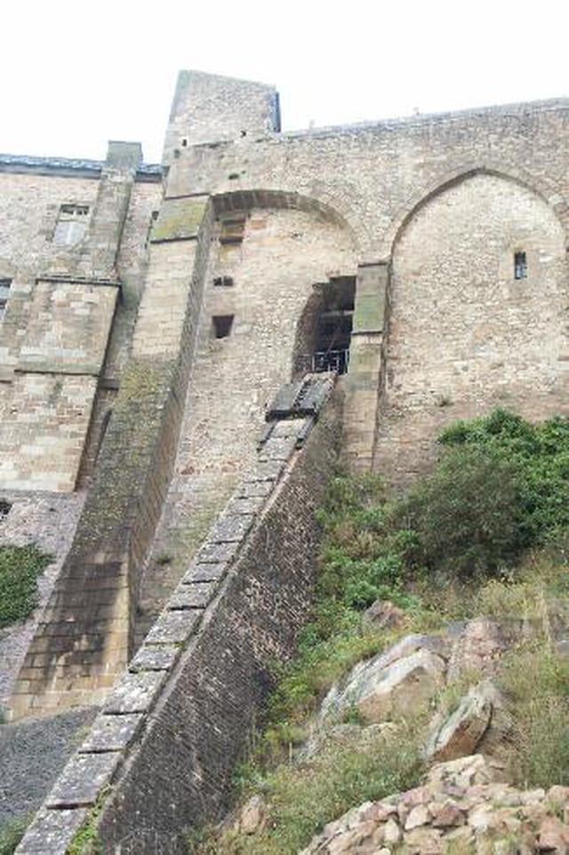 Le Monte Charge Par Frederik Sordel Sur L Internaute border=