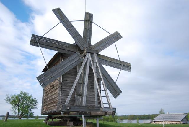 le moulin à vent qui tourne