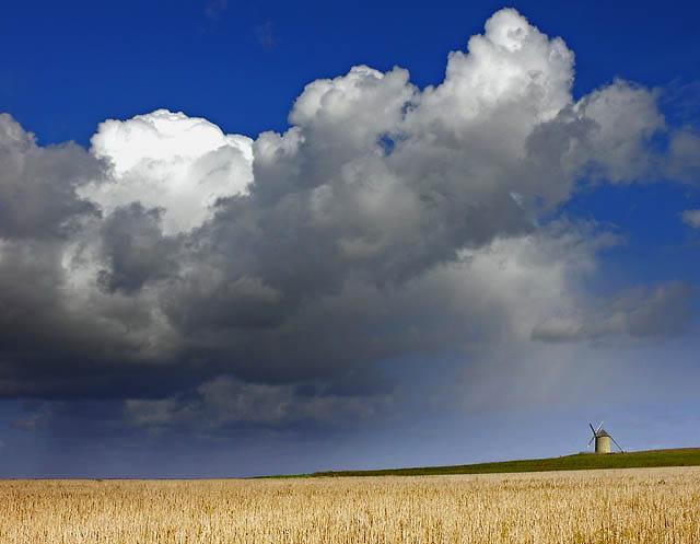 Le moulin face aux éléments