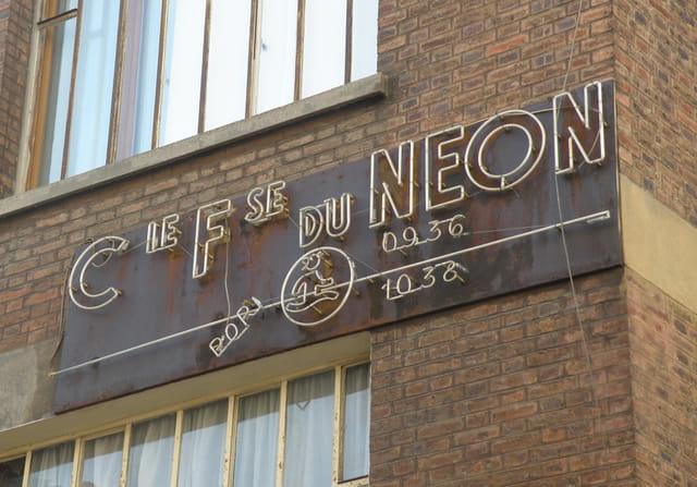 Le néon