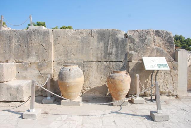 les amphores du palais de Phaestos