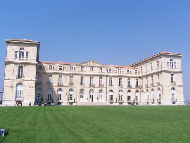 Le palais du pharo
