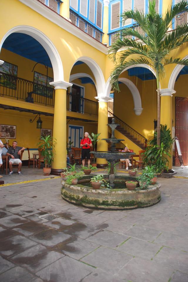 le patio cubain