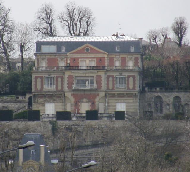 Le Pavillion Dreyfus, à Saint-Germain-en-Laye