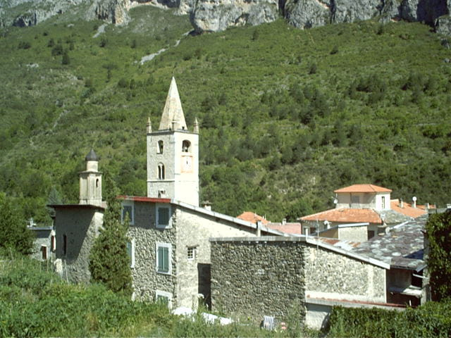 Le petit village de la Brigue