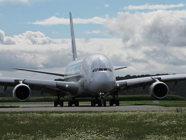 Le plus gros avion commercial au monde!