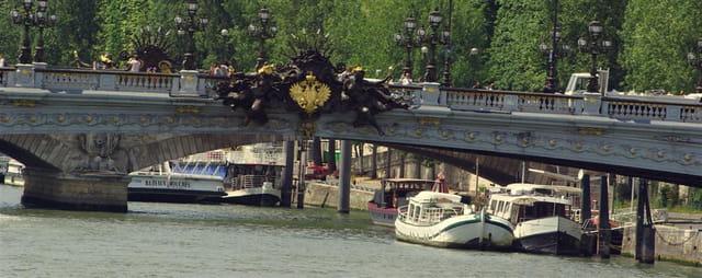 Le pont Alexandre 3