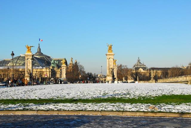 Le pont Alexandre III et le Grand Palais