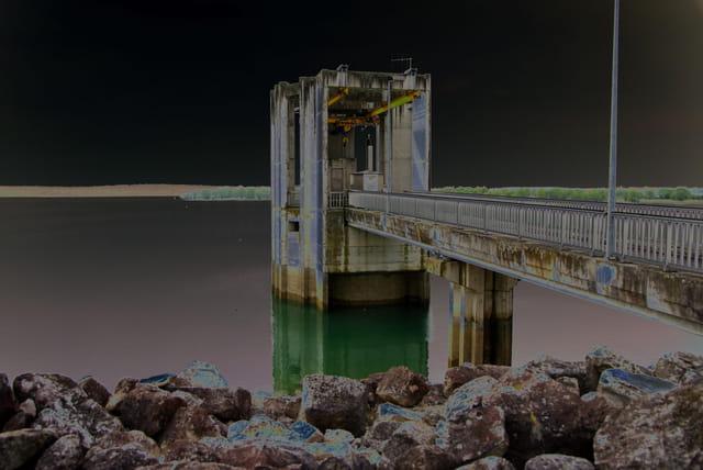 Le pont au Lac