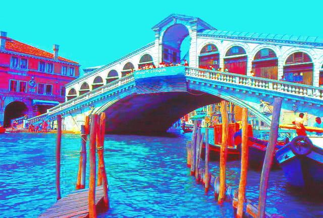 Le pont du rialto en couleur