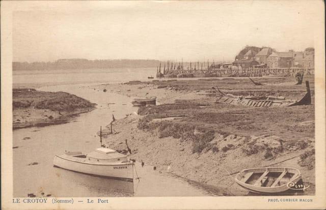 Le port à maree basse