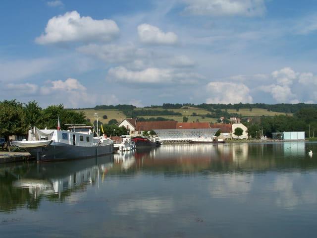 Le port du canal de bourgogne
