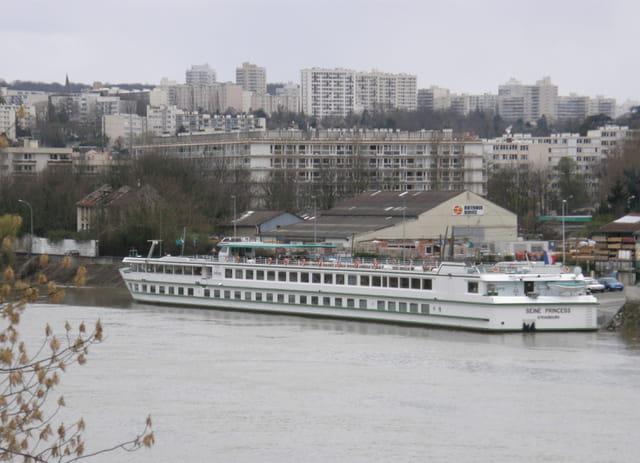 Le Port du Pecq, port d'escale (2)