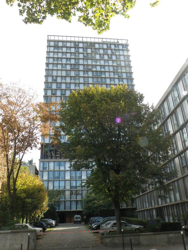 Le premier gratte-ciel de Paris
