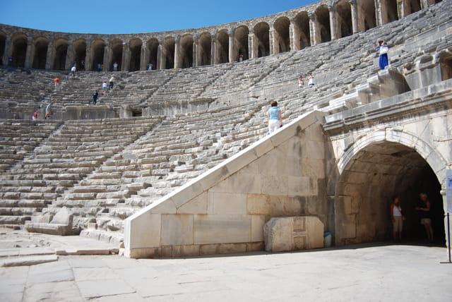 Le théâtre arène d'Aspendos