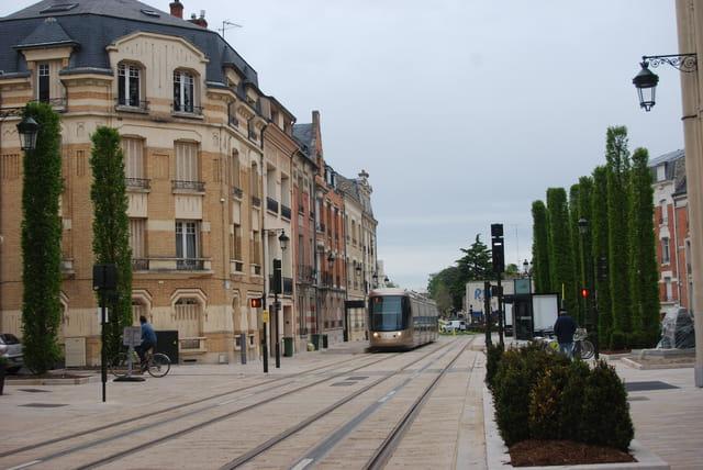 le tramway d'Orléans