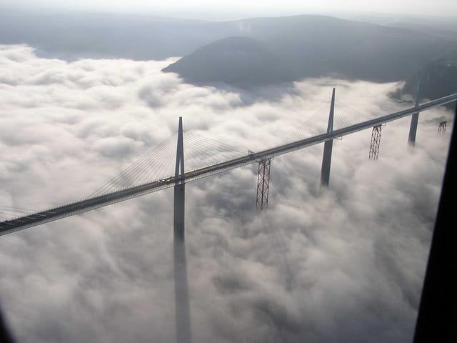 Le viaduc des nuages