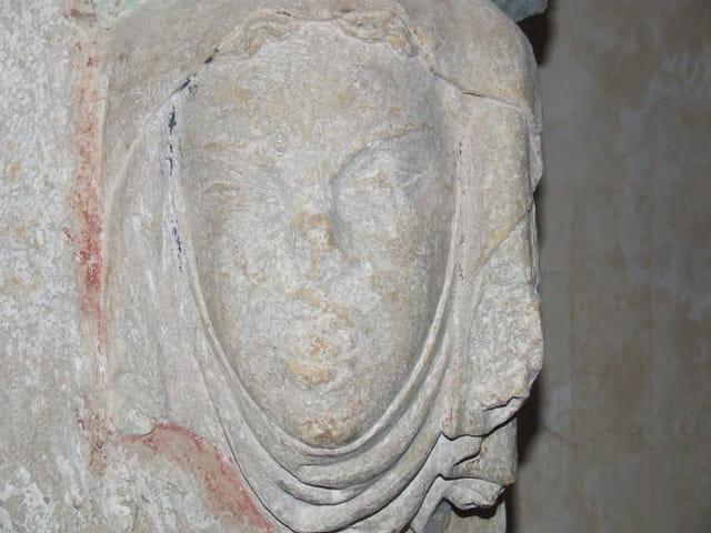 Le visage de pierre