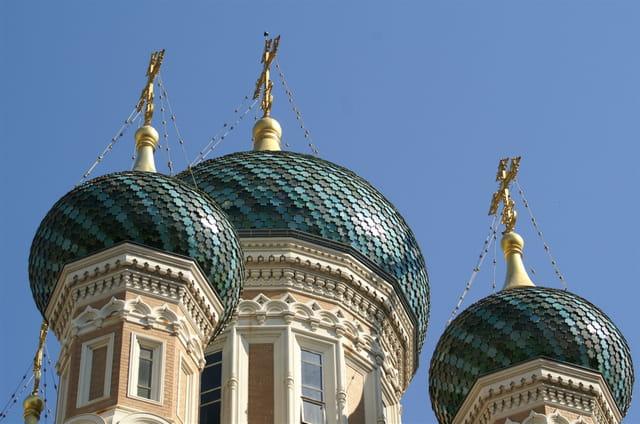 Les 3 dômes de l'église russe