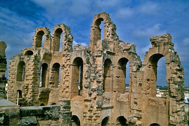 Les arènes romaines