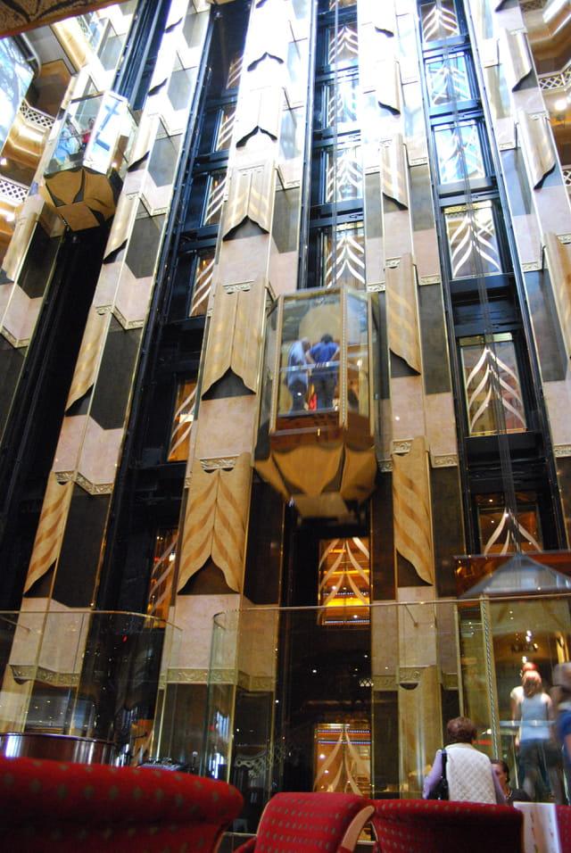 les ascenseurs  du Costa Magica
