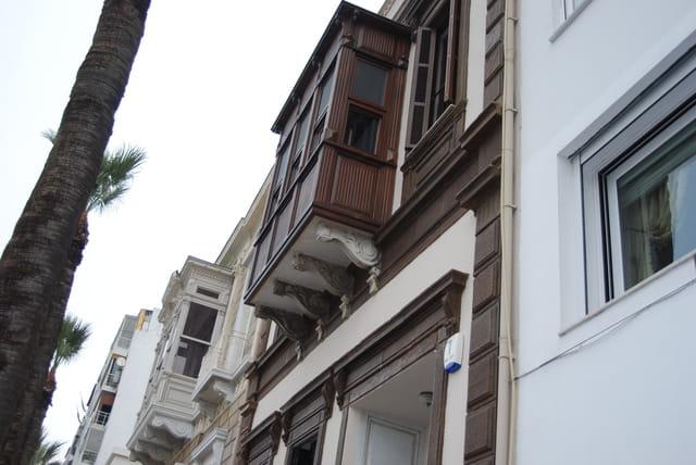 les balcons du front de mer d'Izmir