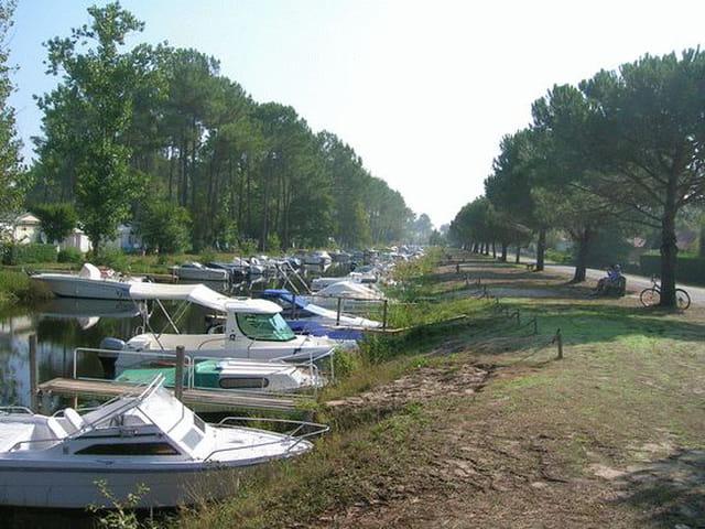 Les bateaux du camping