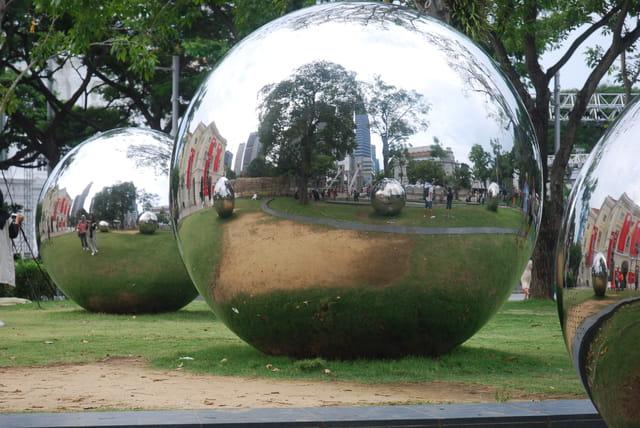 les boules géantes de Singapour