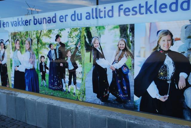 les costumes folkloriques norvégiens