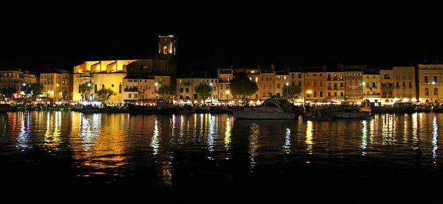 Les couleurs du soir sur le Port Vieux