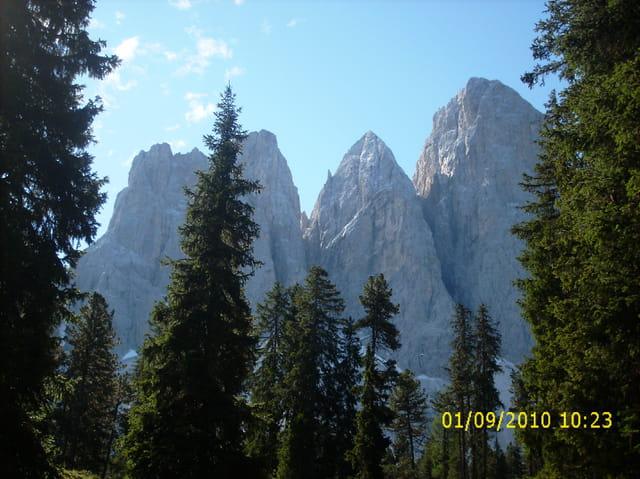 Les  Dolomites magiques