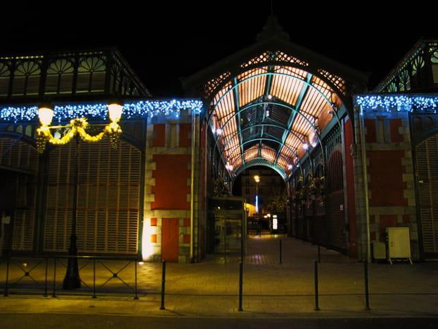Les halles de Lourdes.