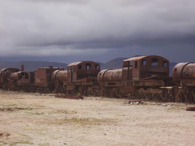 Les locomotives meurent aussi