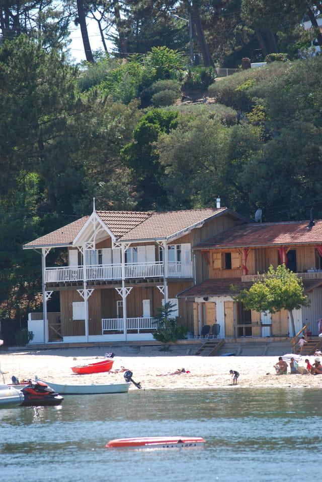 les maisons du bassin