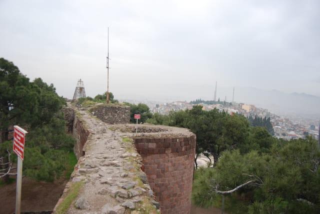 les murailles de la citadelle de velours ou Kadïfekale