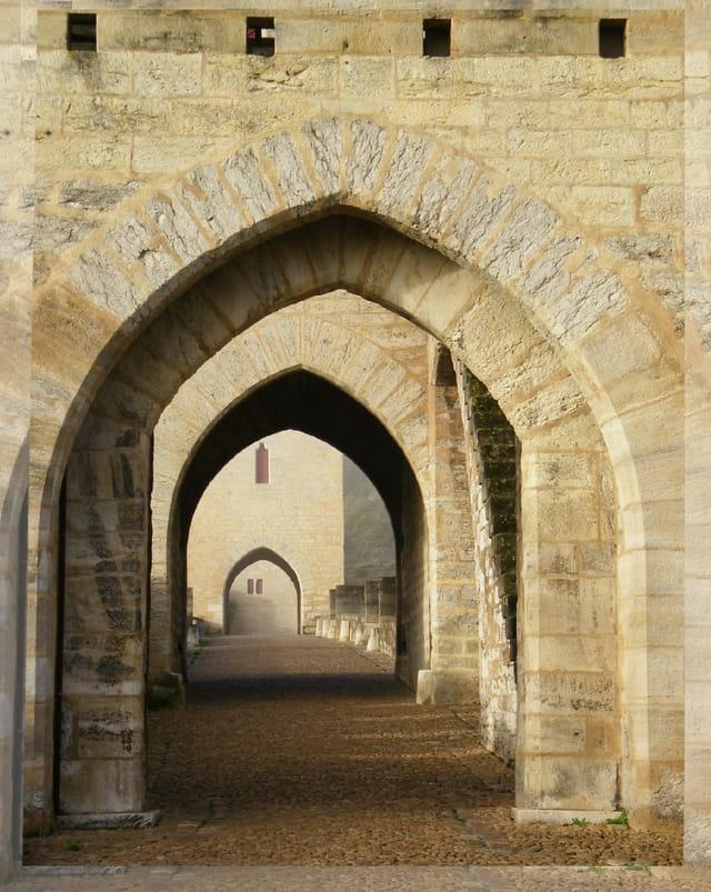 Les portes du Pont de Valentré