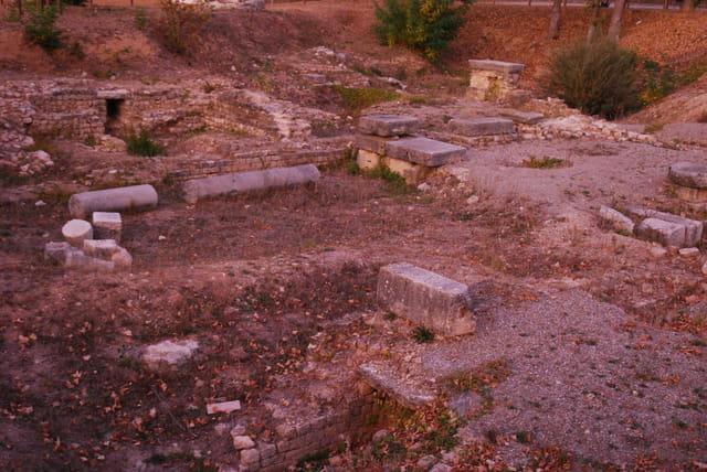 les ruines de Riez