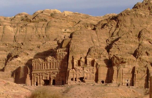 Les tombeaux royaux