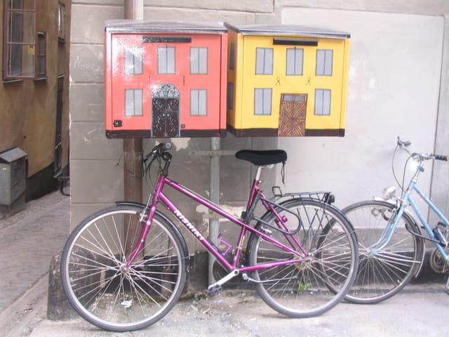 Les vélos et les boîtes aux lettres