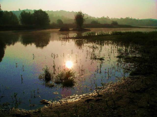 levé de soleil au lac de saint cassien